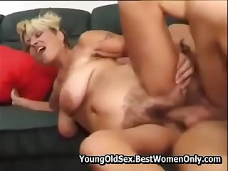 Hairy Mature Get Fucks And..