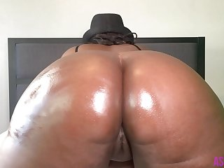 7 Minutes Of Huge Ebony BBW..