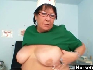 Mature BBW wife is fingering..