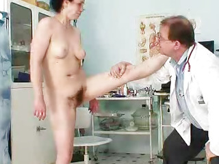 Cougar Helena lousy unshaven..